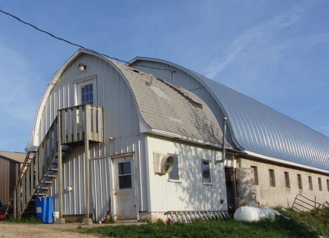 double lock standing seam sheet metal roofing gothic galvanized silver barn agricultural culpitt wisconsin iowa illinois minnesota north dakota