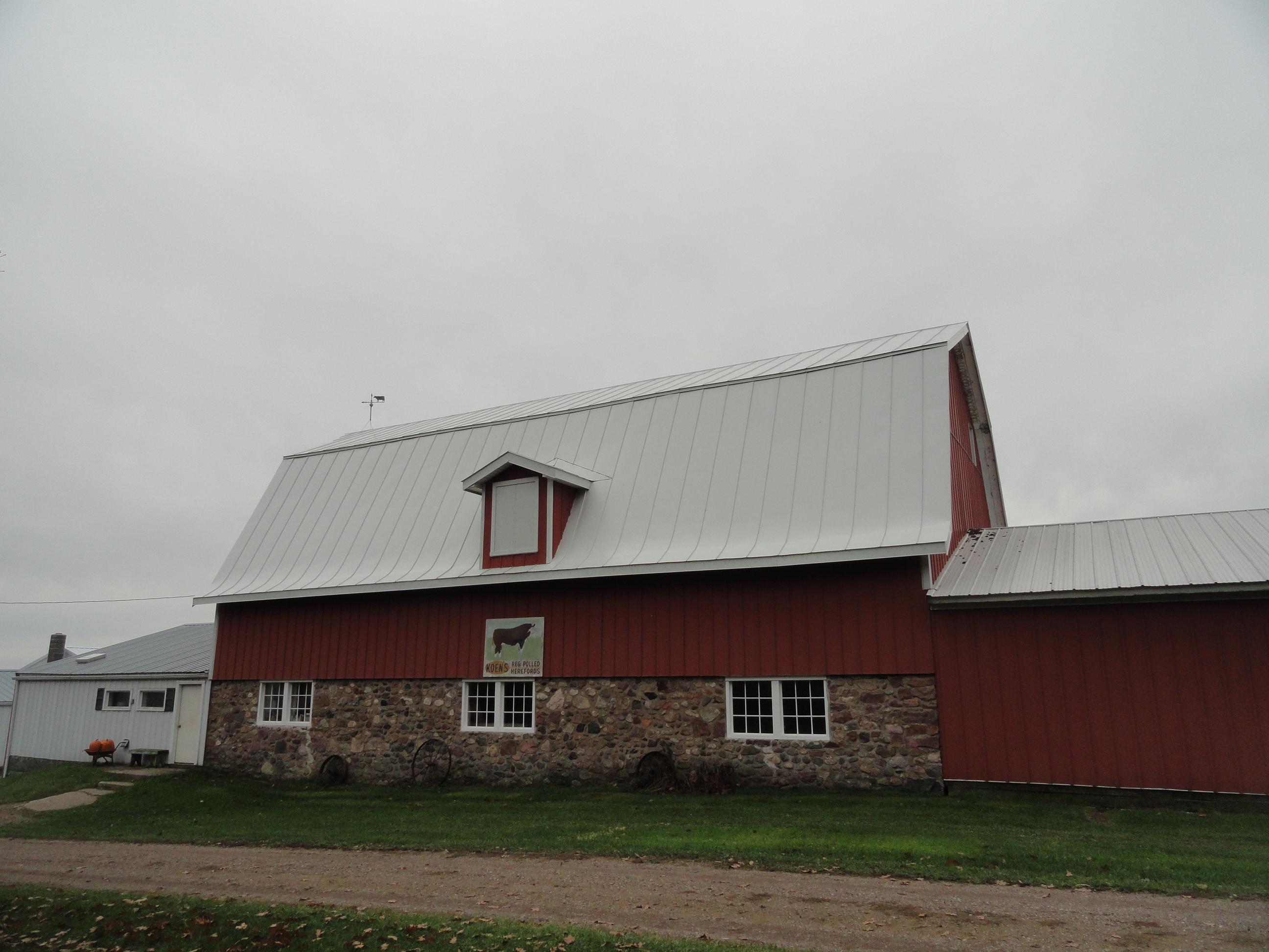 hip barn bone white standing seam sheet metal roofing agricultural culpitt wisconsin minnesota iowa illinois north dakota