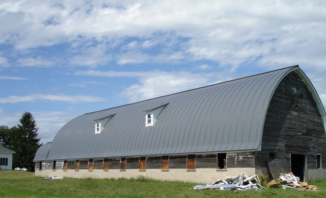 double lock standing seam sheet metal roofing dark charcoal black grey gothic barn agricultural culpitt wisconsin iowa illinois north dakota minnesota