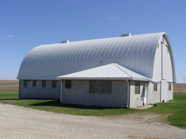 standing seam sheet metal roofing gothic bright white barn agricultural wisconsin minnesota iowa illinois north dakota culpitt