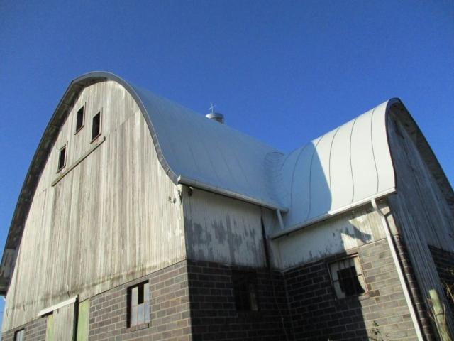 double lock white standing seam sheet metal roofing gothic barn agricultural culpitt wisconsin illinois iowa minnesota north dakota
