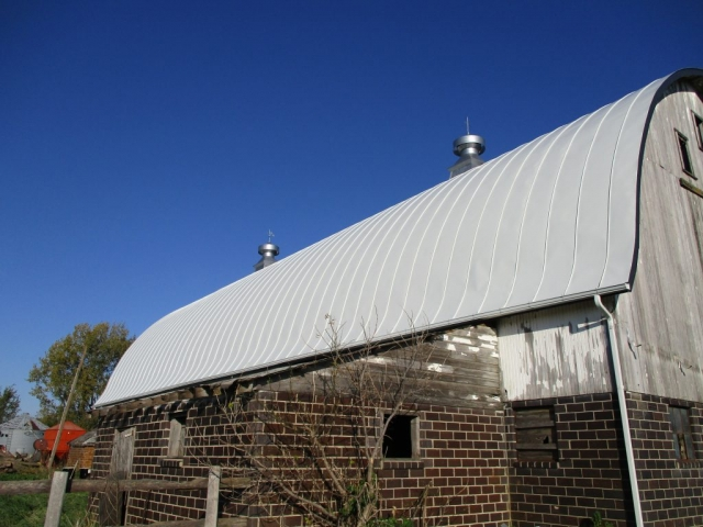 stone white gothic barn agricultural standing seam metal roof sheet double lock culpitt wisconsin minnesota illinois iowa north dakota