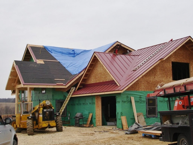 sheet metal roofing standing seam red maroon wisconsin iowa minnesota illinois north dakota