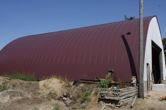 metal roofing standing seam double lock quonset red